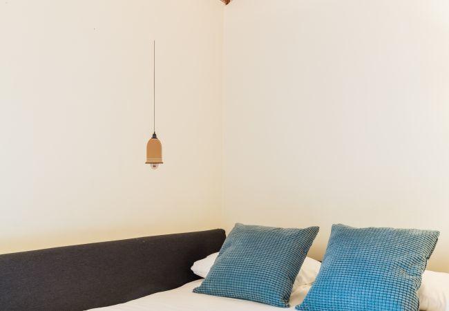 Apartamento en Madrid - Ático situado en el Barrio de Las Letras. Totalmente equipado, con A/C e internet!