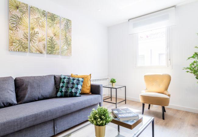 Apartamento en Madrid - Espectacular piso en el centro de Madrid para 6 personas. Incluye internet y A/C