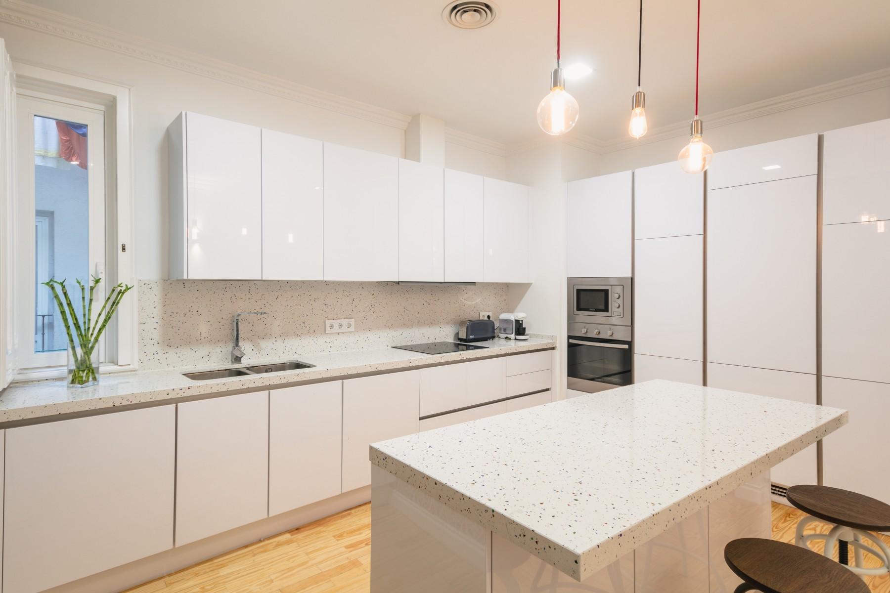 Apartamentos en madrid fuencarral for Alquiler apartamentos sevilla espana