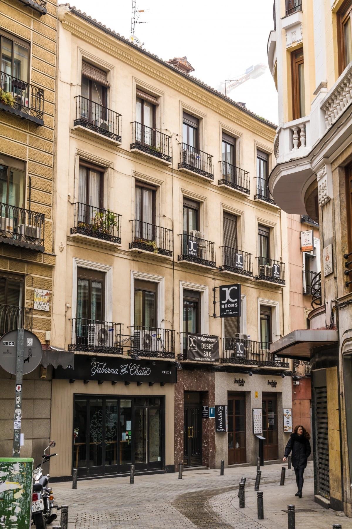 Apartamentos en madrid puerta del sol for Apartamentos en sevilla baratos alquiler