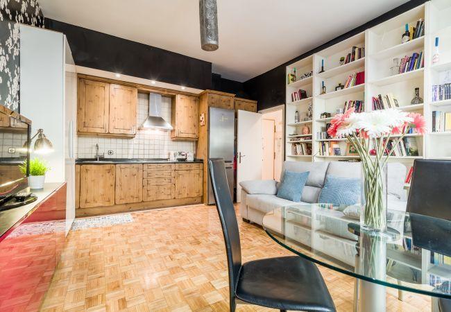 Apartment in Madrid - PYR Select Plaza de España IV